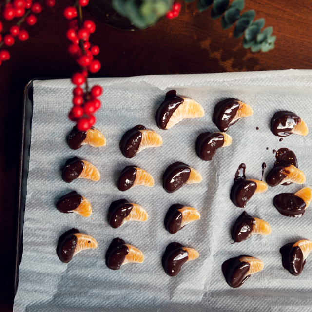 Chocolate Covered clemintines recipe