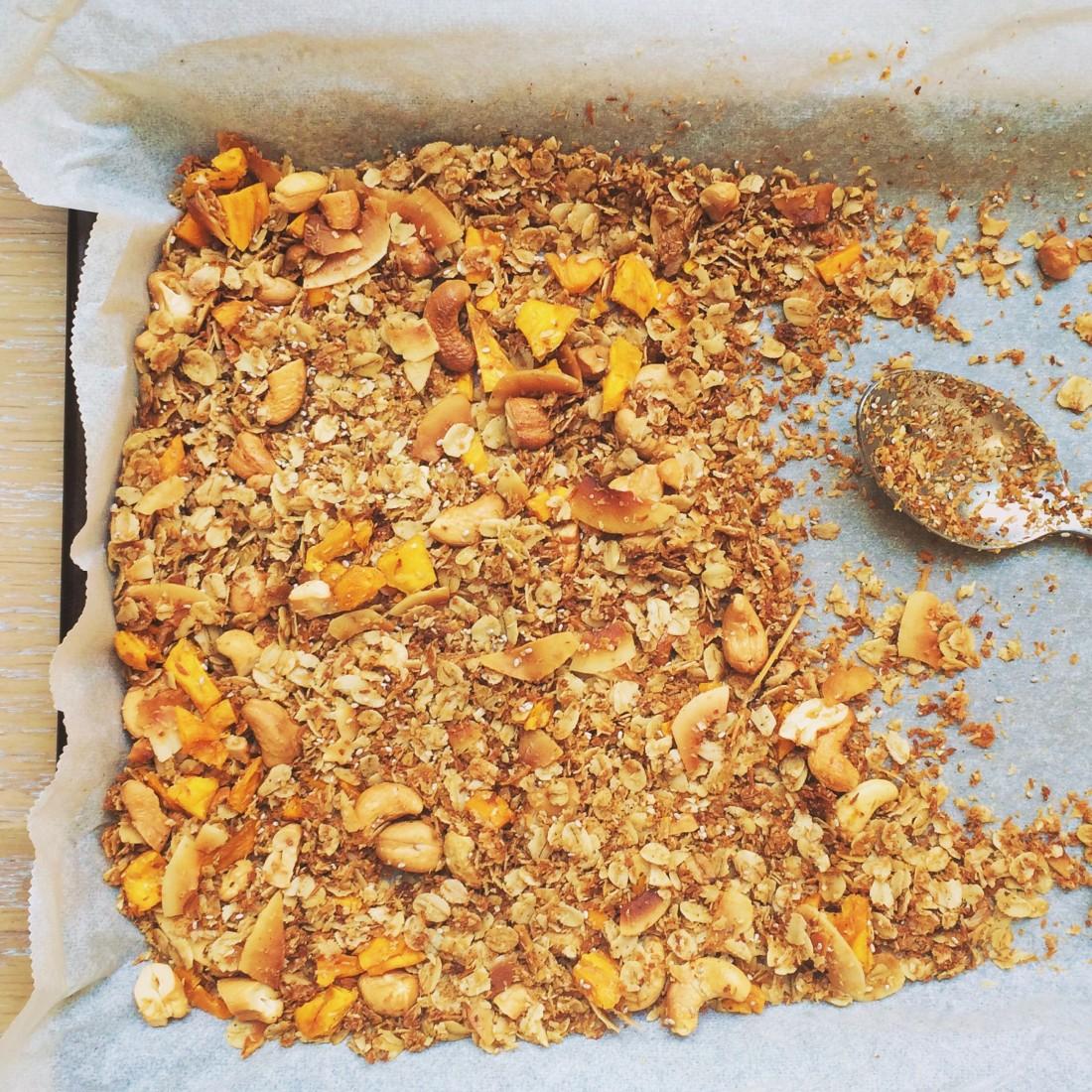 Healthy coconut granola recipe